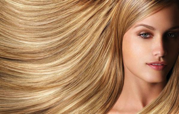Consigli per capelli e pettinatureCapelli belli e lucenti  consigli ... c029cf2c2547