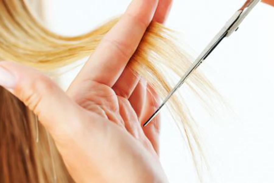 Tagliare i capelli: quando va fatto?