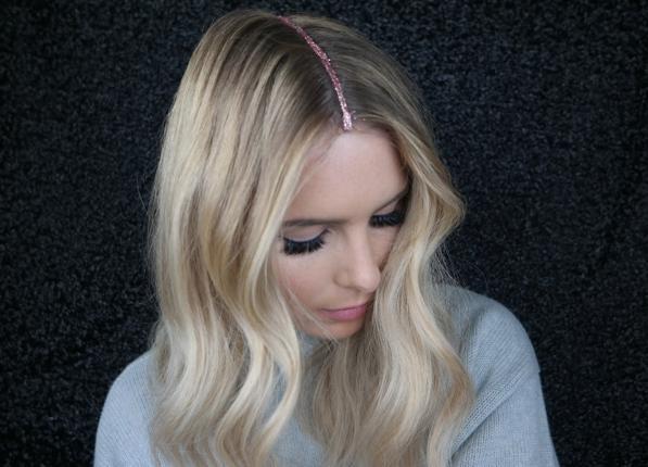 Moda capelli inverno 2016- la riga con i glitter per le feste 3