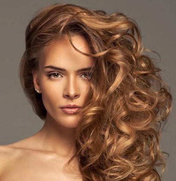Capelli Golden Brown: il colore castano più alla moda del 2017 - 2
