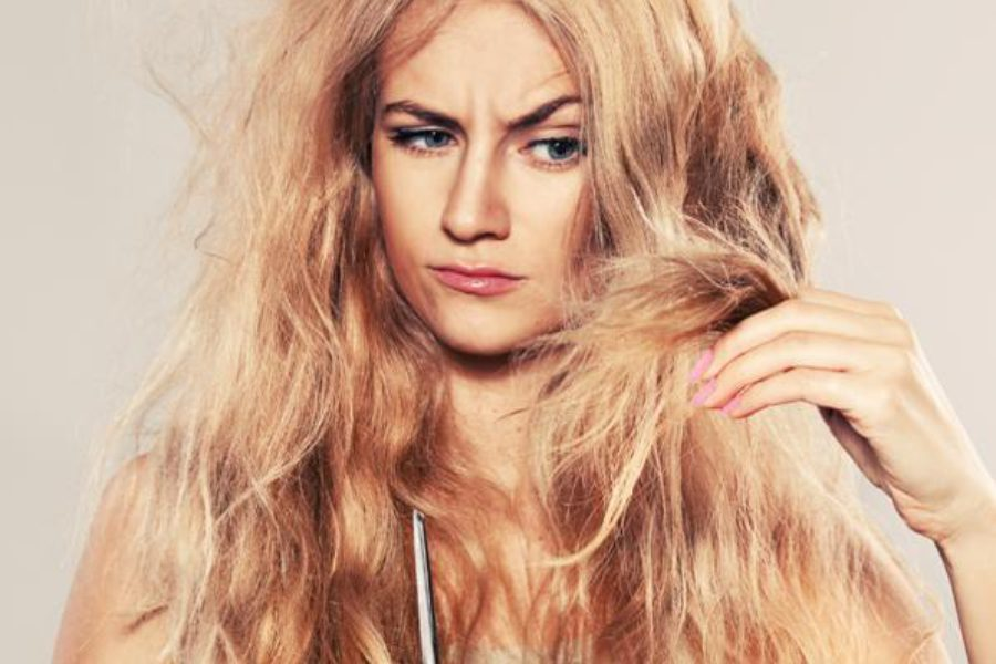 Cosa rovina i capelli? Ecco le cattive abitudini che danneggiano la tua chioma!
