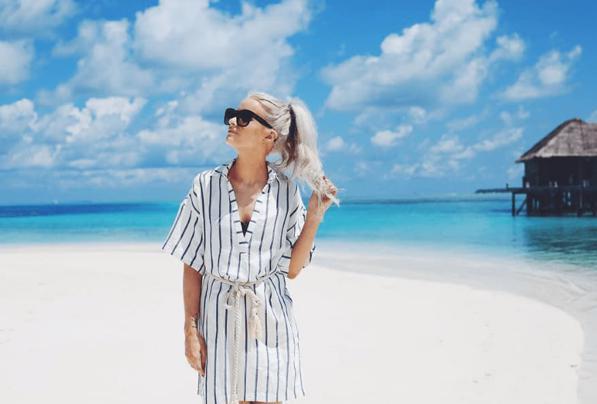 Acconciature da spiaggia: 10 consigli per portare i capelli raccolti al mare senza rovinarli
