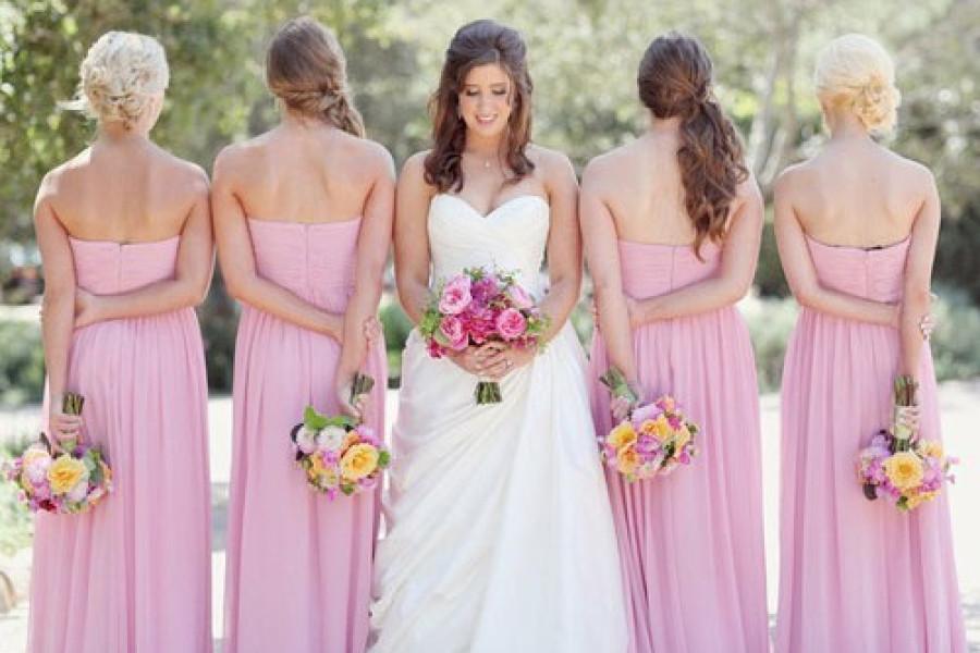 Acconciature capelli per invitata matrimonio