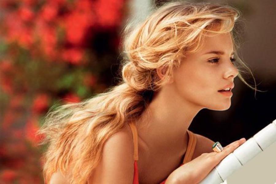 Acconciature romantiche e semplici per l'estate 2015