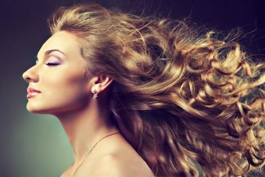 Scrub capelli e cuoio capelluto: come si fa?
